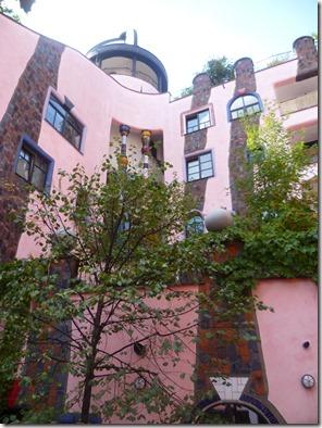 Patio de ciudadela Hundertwasser